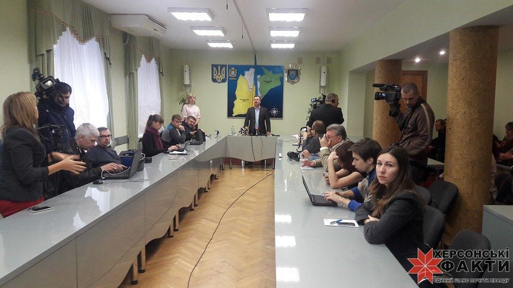 Замглавы Херсона идепутата горсовета задержали завзяточничество