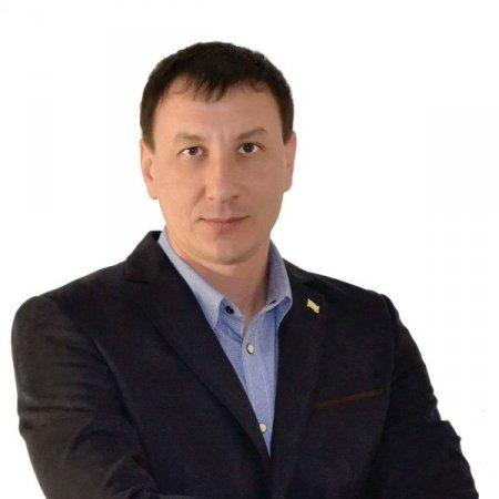Новокаховский депутат оказался миллионером и владельцем автопарка