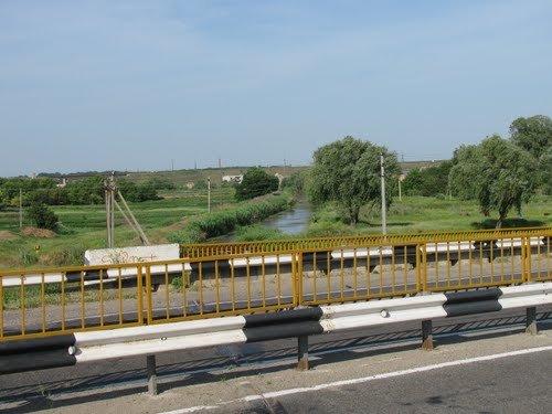 На Херсонщине отремонтируют мост-призрак