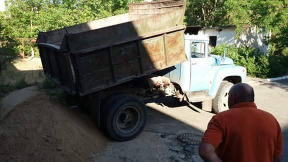 У Новій Каховці попереджено спробу незаконного вивозу піску