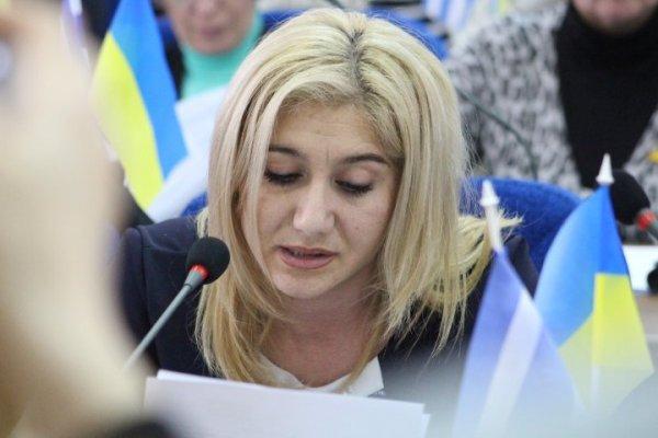 Депутат Елена Мазур поблагодарила Игоря Семенчева-младшего за публикацию в газете