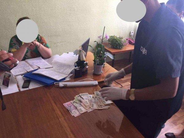 В деле о получении взятки главой сельсовета на Каховщине еще не поставлена точка