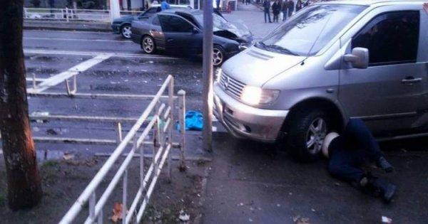 Херсонська поліція встановлює свідків дорожньо-транспортної пригоди в центрі міста