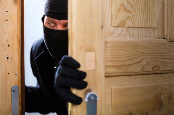 Каховські оперативники затримали підозрюваного у крадіжках з домоволодінь