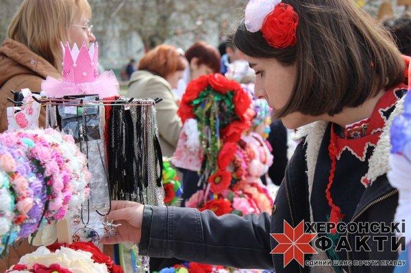 """В Херсоне открылся """"Писанковый сад"""" (фото)"""