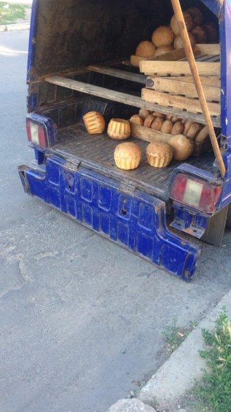 """""""Брудний"""" хліб привозять у магазини м. Каховка"""