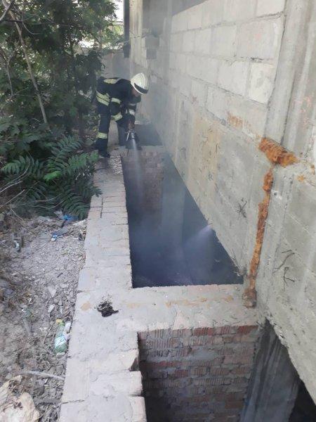 У Херсоні ліквідовано пожежу в покинутій будівлі