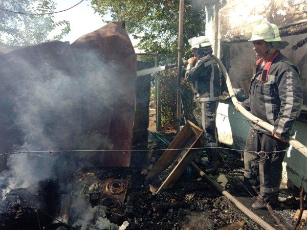 У Херсоні на лівобережжі Дніпра пожежні ліквідували загоряння у дачному будиночку