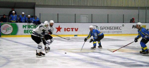 """Хоккей. Херсонский """"Днепр"""" не перестает удивлять соперников и болельщиков"""