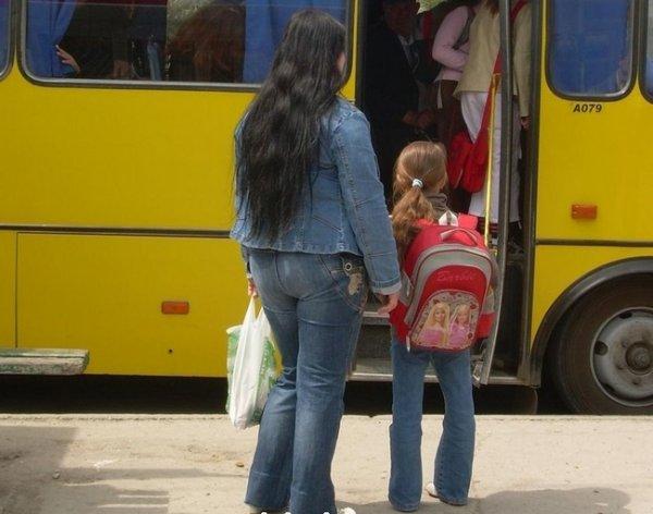 Херсонські маршрутники затримуються через пільговий проїзд школярів