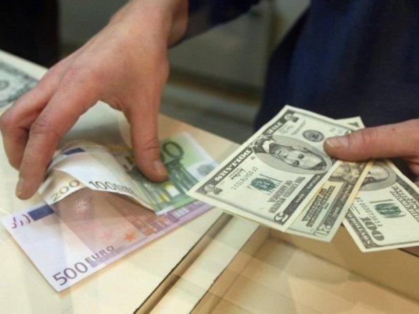 Курса больше 28  гривен за доллар у нас не будет - эксперт