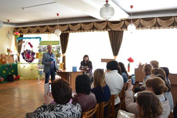 Вчителі української літератури в Лавреньовці