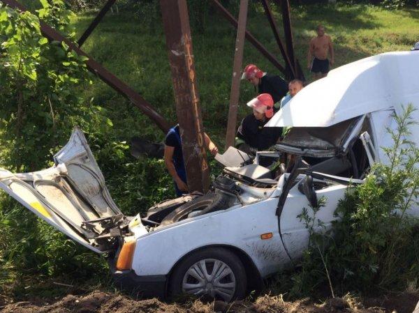 Нововоронцовські рятувальники деблокували постраждалого у ДТП