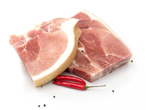 Свинину в Украине чаще покупают люди старшего возраста, чем молодежь - эксперт