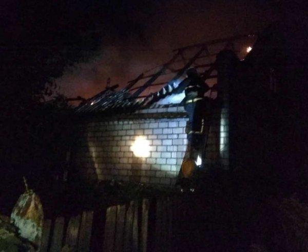 Каховські рятувальники ліквідували пожежу в житловому будинку