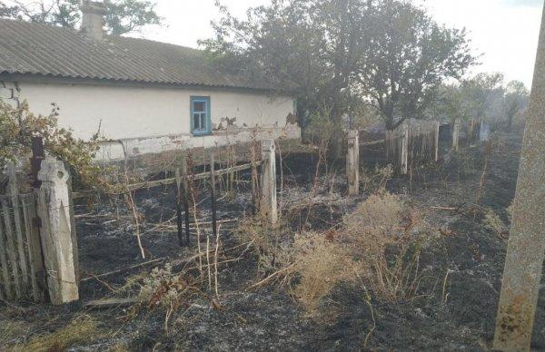 Генічеські рятувальники ліквідували пожежу господарчої споруди