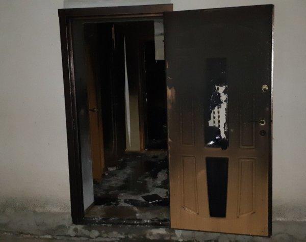 Бериславські рятувальники ліквідували пожежу в житловому будинку
