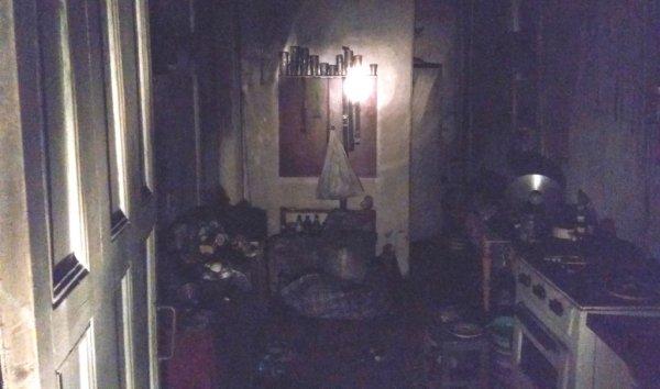 У Херсоні рятувальники під час пожежі в житловому будинку врятували господаря