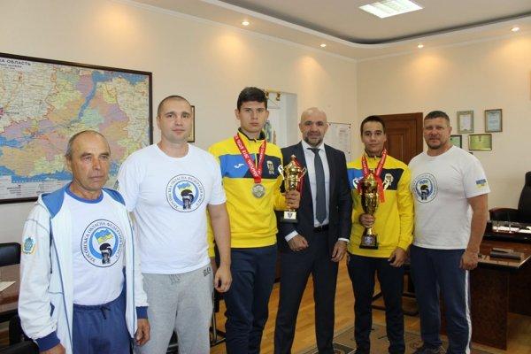 Владислав Мангер привітав медалістів чемпіонату Європи