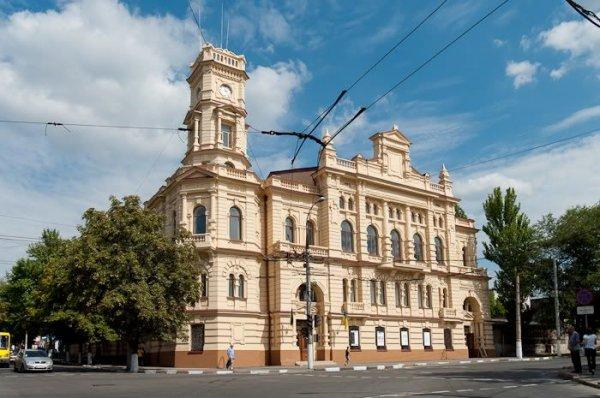 Художній музей запрошує на заходи, приурочені до Дня міста