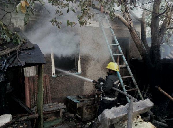 Під час пожежі у каховському будинку постраждав чоловік