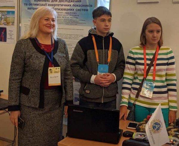 Херсонські МАНівці – учасники Всеукраїнського фестивалю інноваційних проектів «Sikorsky Challenge 2019»