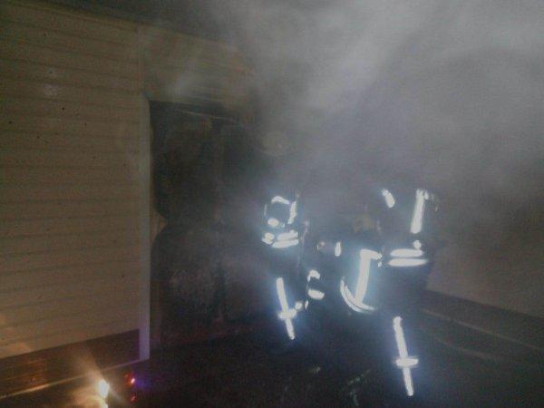 У Херсоні рятувальники ліквідували пожежу гаражу