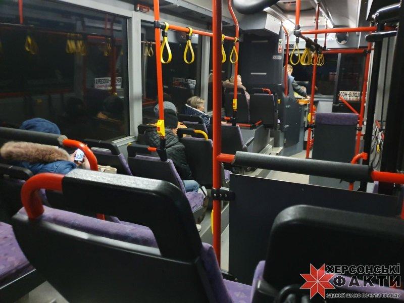Херсонский перевозчик порадовал жителей пригорода вместительным автобусом
