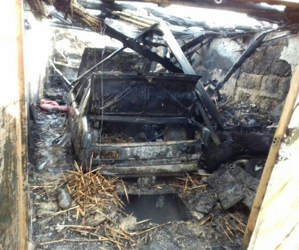 Білозерські рятувальники ліквідували пожежу у приватному домоволодінні