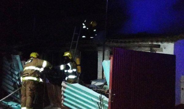 В Генічеську горів житловий будинок. Знайдено обгоріле тіло чоловіка
