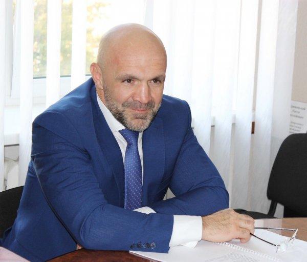 Владислав Мангер провів апаратну нараду