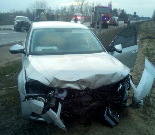 В Олешківському районі рятувальники деблокували чоловіка з автомобіля