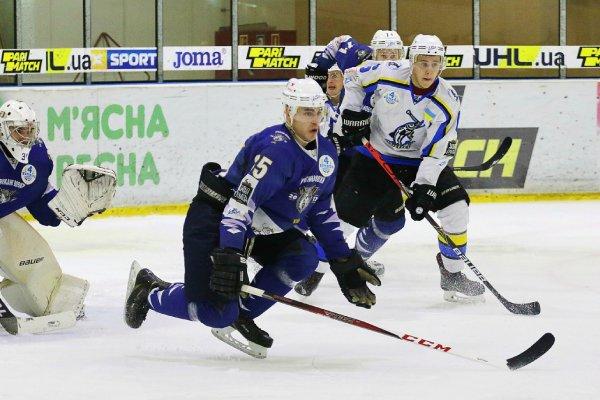 """Хоккей. Сегодня херсонский """"Днепр"""" сыграет с """"Ледяными Волками"""""""