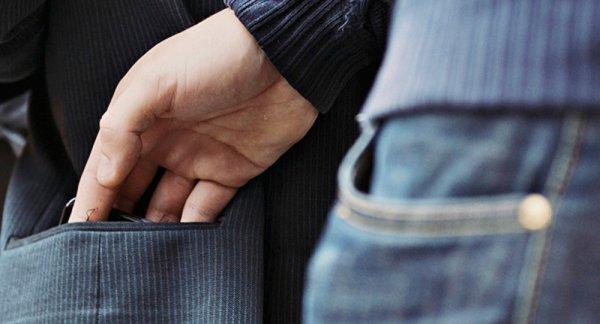 В Херсоне получил наказание вор-карманник: на его счету два десятка краж