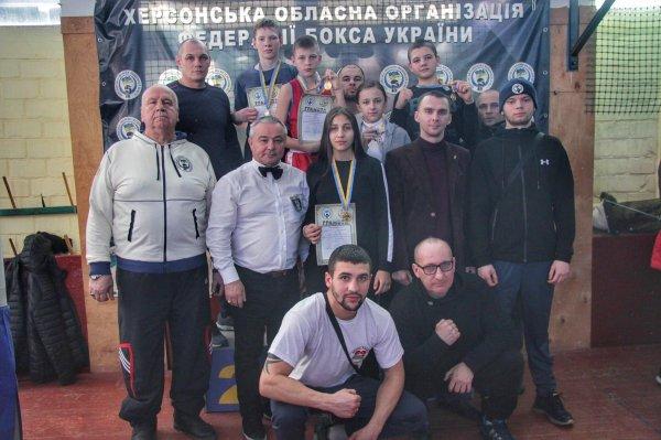 Вихованці ДЮСШ з боксу ФСТ «Україна» вибороли десять медалей на чемпіонаті Херсонщини з боксу