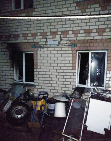 На Херсонщині вогнеборці ліквідували пожежу у двоповерховому будинку