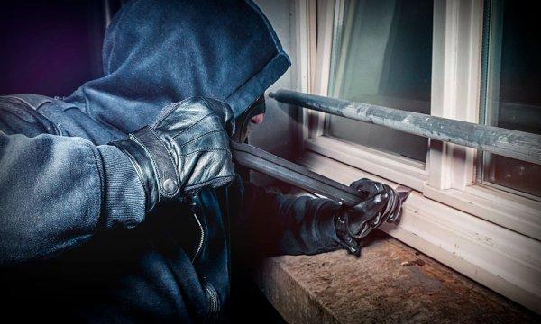 За скоєння крадіжки житель Скадовського району проведе майже 4 роки за гратами