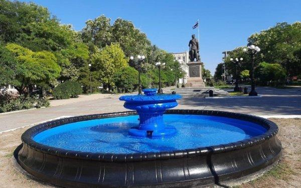 В Потемкинском сквере Херсона восстановили и запустили фонтан