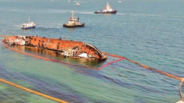 Стало известно, какова сумма ущерба из-за загрязнения акватории нефтепродуктами из танкера Delfi